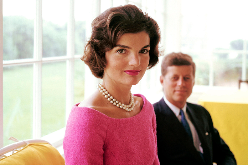 Jackie Kennedy 3.png